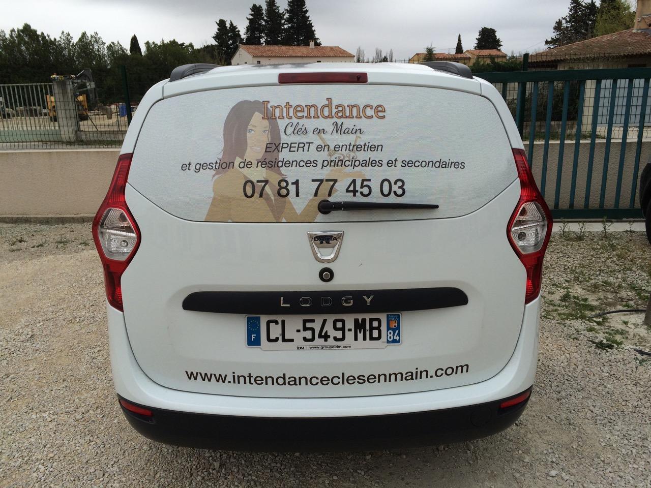 Décoration de véhicule par webbycom, agence de communication à L'Isle sur la Sorgue