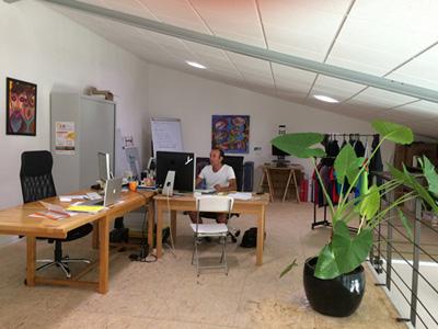 Intérieur de l'agence Webbycom, agence de communication à L'Isle sur la Sorgue